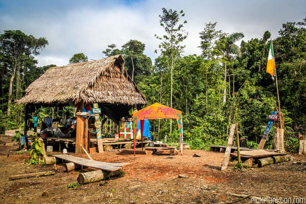 amazonas base pirata
