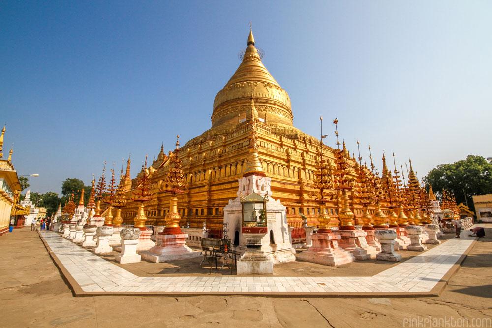gold temple in Bagan