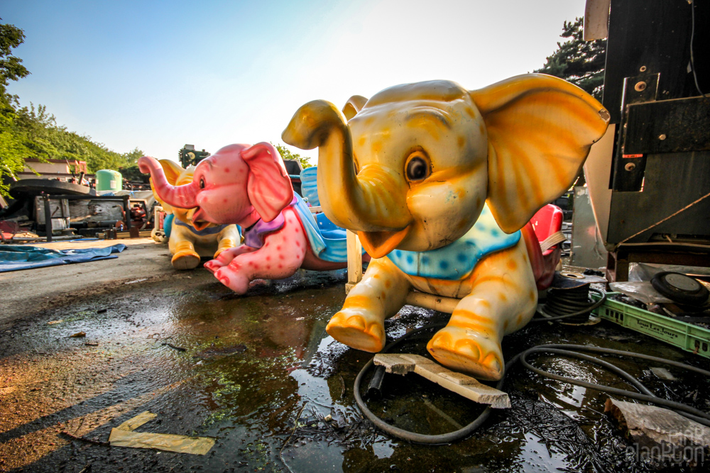 Yongma Land Abandoned Theme Park in Seoul Korea