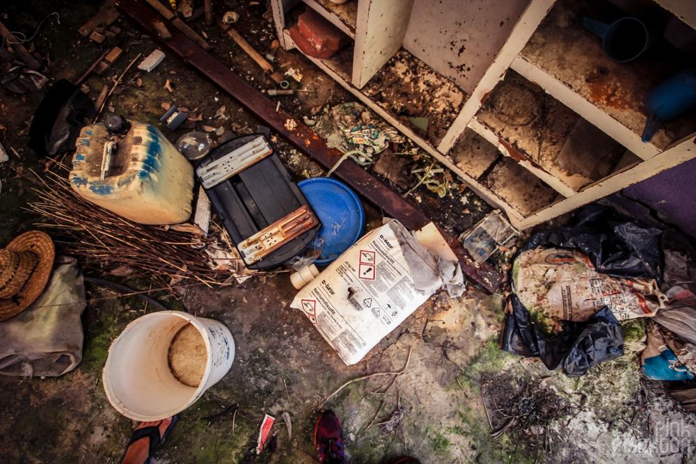 abandoned hazardous materials at Atlantis Water Park in Mexico City
