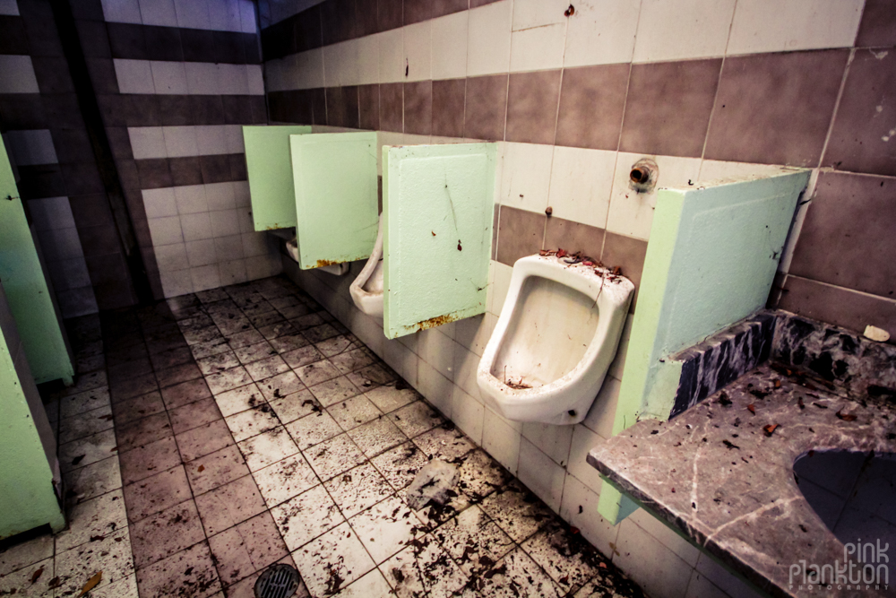 abandoned washroom at Atlantis Water Park in Mexico City