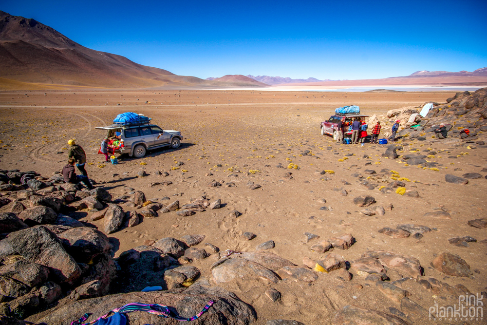 2 jeeps in Bolivia's desert