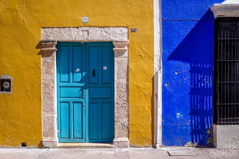 colorful buildings and doorway in Campeche