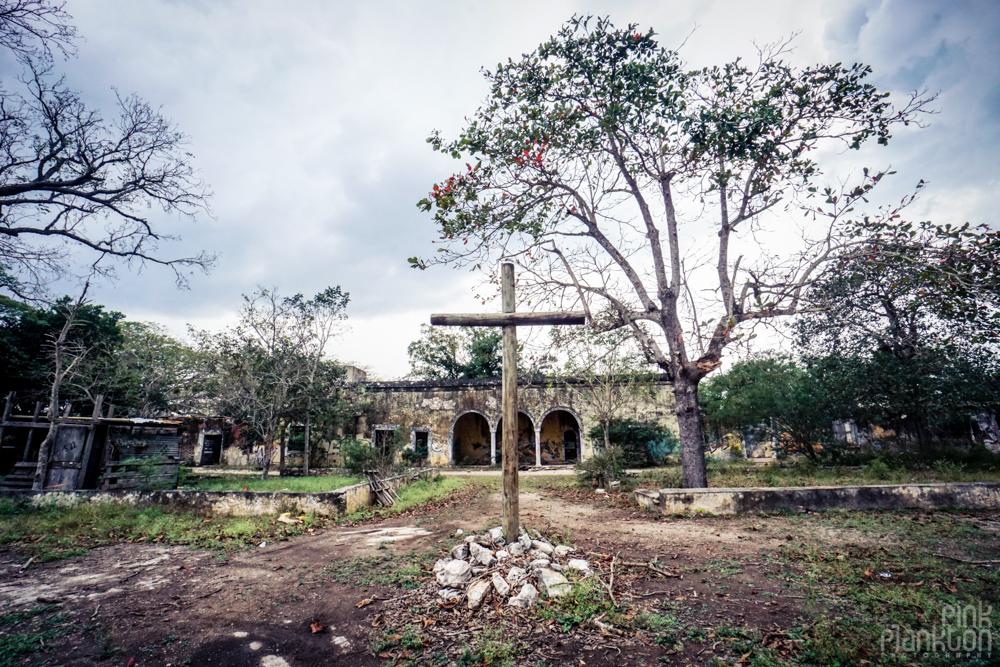 cross in Minsebalam ghost town